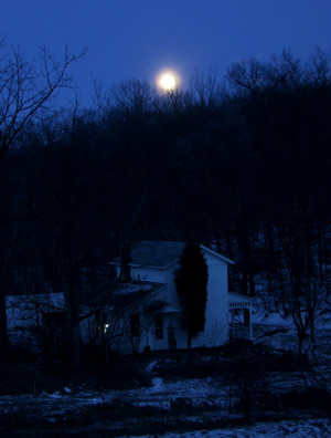 January moonrise
